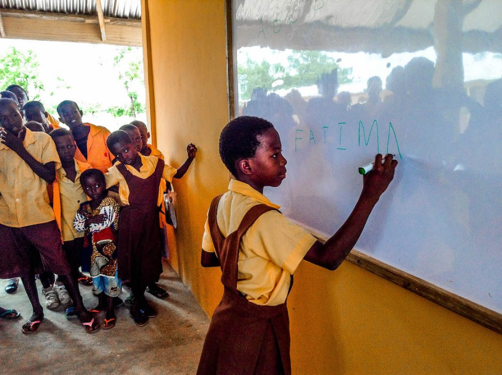 fatima-spelling-her-name-on-the-new-board